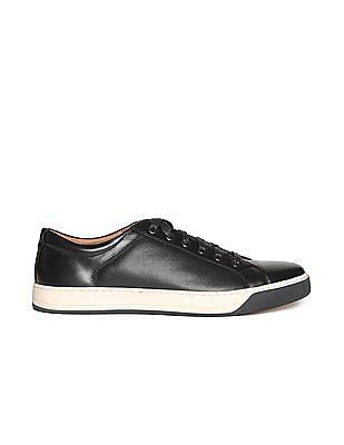 Johnston & Murphy Contrast Sole Textured Sneakers
