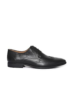 Arrow Brogue Accent Leather Derby Shoes