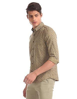 Arrow Sports Green Slim Fit Printed Shirt