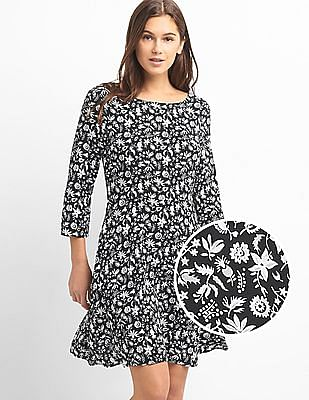 GAP Women Black Three Quarter Length Sleeve Fit And Flare Dress In Crepe