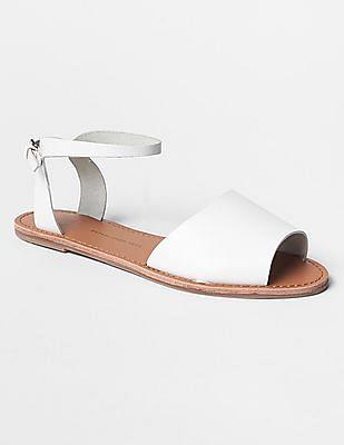 GAP Classic Leather Sandals