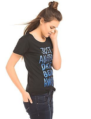 Flying Machine Women Regular Fit Graphic Print T-Shirt
