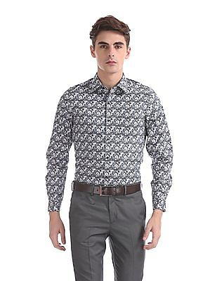 Excalibur Super Slim Fit Spread Collar Shirt