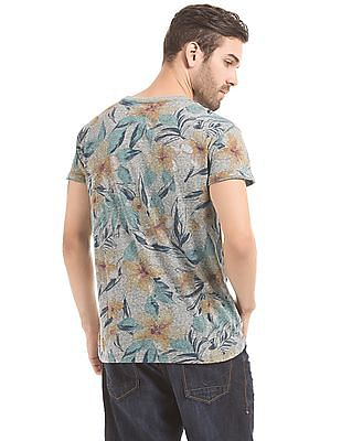 Aeropostale Tropical Print T-Shirt