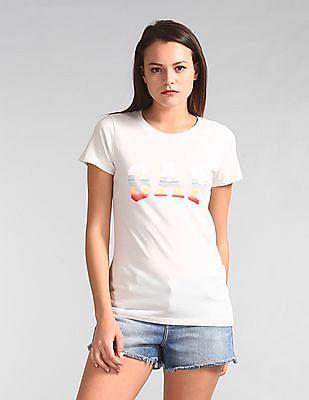 GAP Women White Short Sleeve Grad Logo Tee