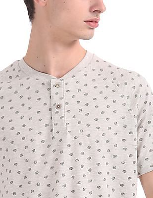 Cherokee Slim Fit Printed Henley T-Shirt