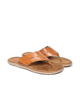Arrow Burnished V-Strap Sandals